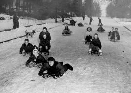 sledding_historical_libo_t860